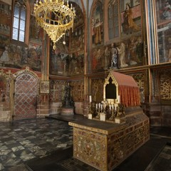 View of St. Wenceslas´s Chapel with the grave of this national patron saint. The chapel is decorated with 1357 semi precious stones and wall paintings.