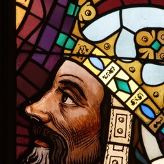 Portrait of the emperor Charles IV on the window of the high choir. The window was made after design of M. Švabinský in 1946 – 48. The windows of the Cathedral are considered to be an important artistic phenomenon and they are works of prominent Czech art designers including A. Mucha.