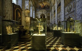 Prague Castle invites visitors to the Treasury of St. Vitus Cathedral exhibition