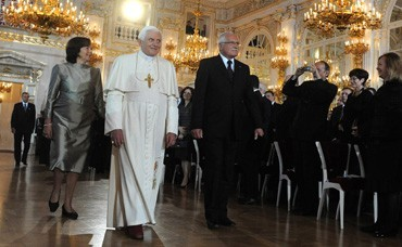 His Holiness the Pope Benedict XVI. comes to the Czech Republic for a state visit